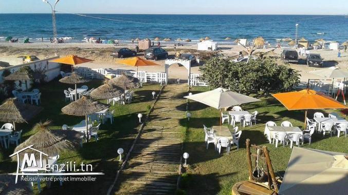 للبيع قطع ارض على البحر في دار علوش 95885014