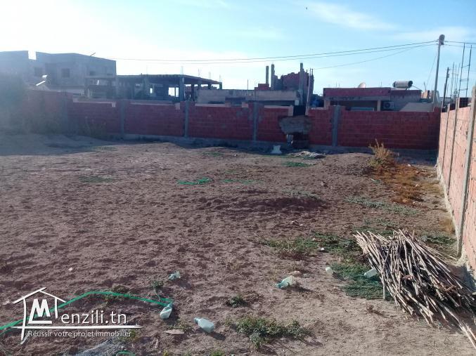أرض سكنيةموجودة في قنطرة بنزرت مساحتهاد
