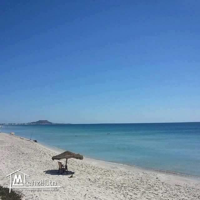 terrain zone touristique sur la route plage ain grinz