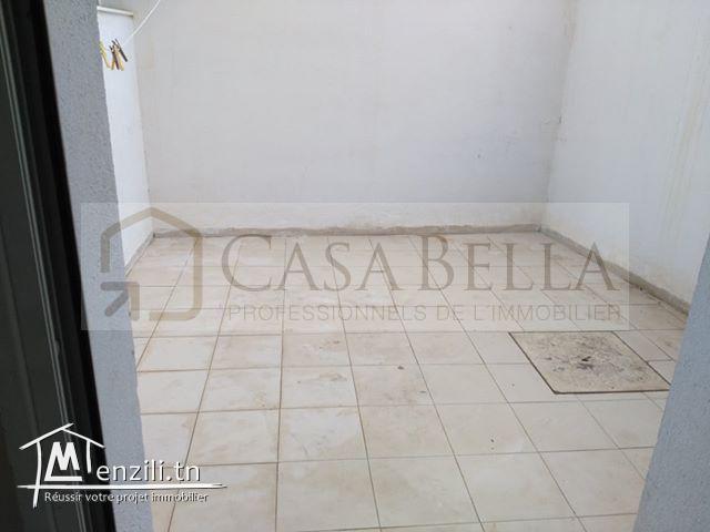À louer à l'année à Sousse un appartement spacieux meublé ou sans meuble