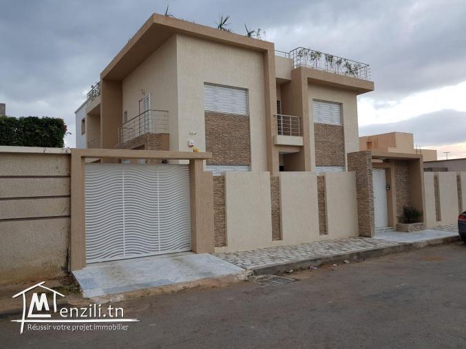 Villa haut standingR+2 Mourouj 6