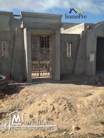villa inachevée à la vente