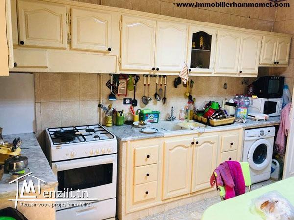 Une maison et un appartement à Hammamet Centre