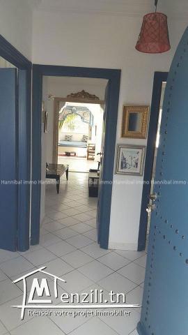 A vendre un bel appartement S+2 à golden tulip gammarth d