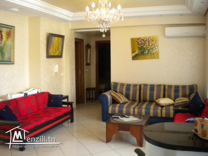 Un appartement de 128 m² ayant une terrasse à 350 MDT à Hammamet.