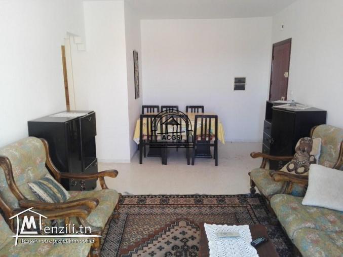 À vendre spacieux appartement avec grande terrasse à Monastir
