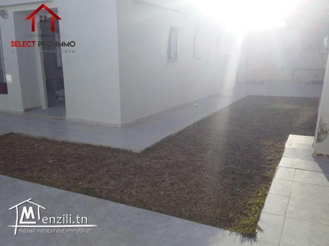 Villa meublée à Mahressi – NLA112