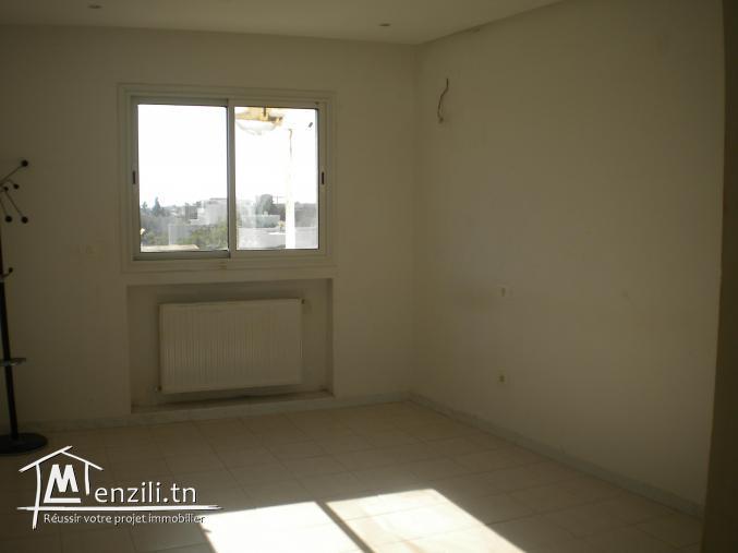 Un appartement non meublé de 100 m² à 650 DT par mois