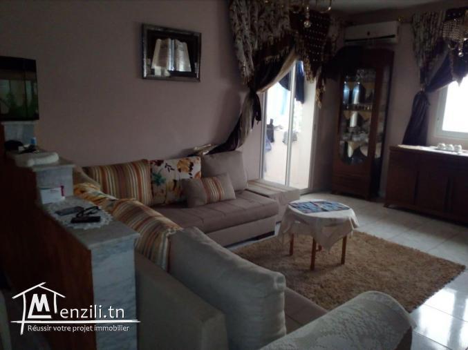 Appartement s+3 à Ezzahra