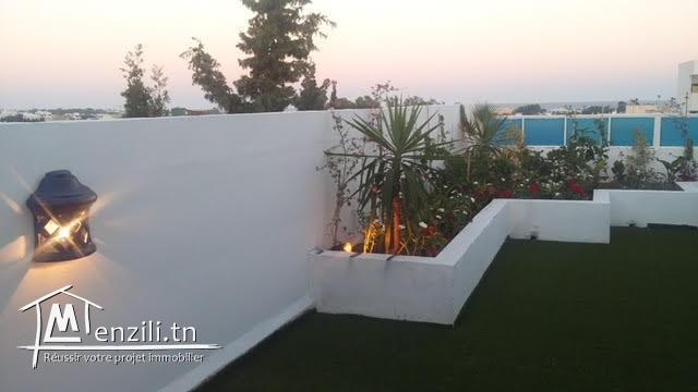 Une résidence de 1200 m² sur un terrain de 800 m² à 2200 MDT