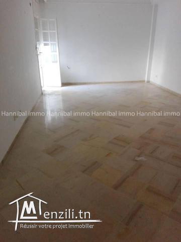 A vendre appartement S+3 à la marsa cité el rabiaa l'appartement