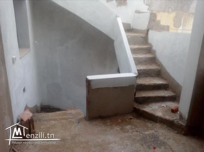 maison deux etages nouvellement construite