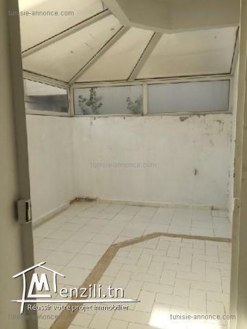 Un coquet appartement à la soukra ref alz3121