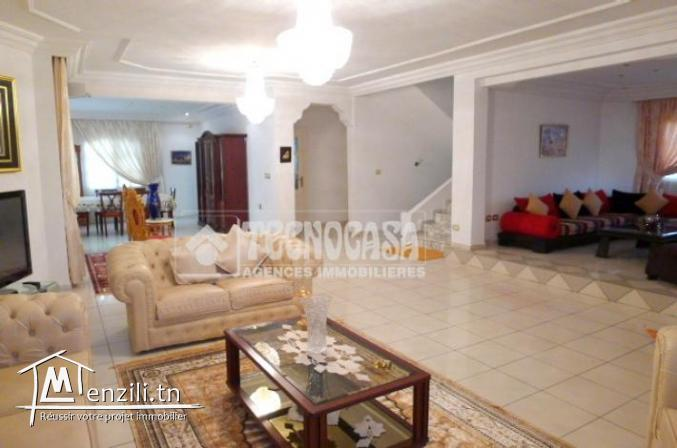 Villa de 500 m² sur un terrain de 450 m² à Kalaa Sghira