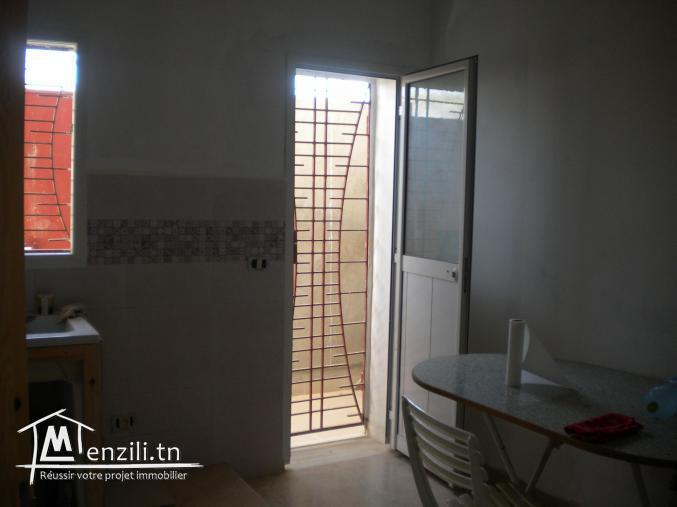 Une maison à 215 MDT à El Mrezka