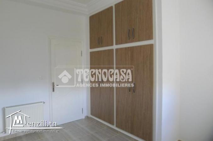Étage de villa S+3 de 130 m² à Sahloul