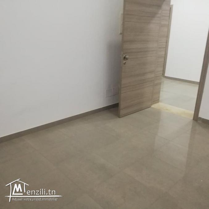appartement s4 à usage médical  de 140m²