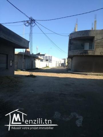 terrain zone calme cité kelibia prés salle de fetes amira