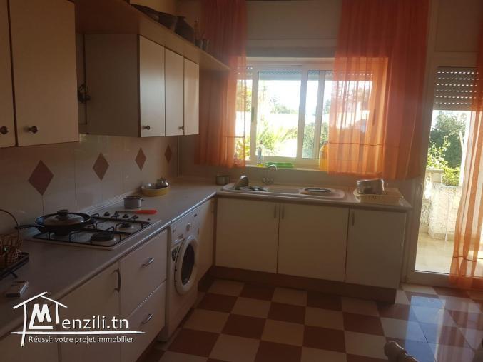 Villa s+3 à la soukra avec Piscine et jardin Ref MVV0107