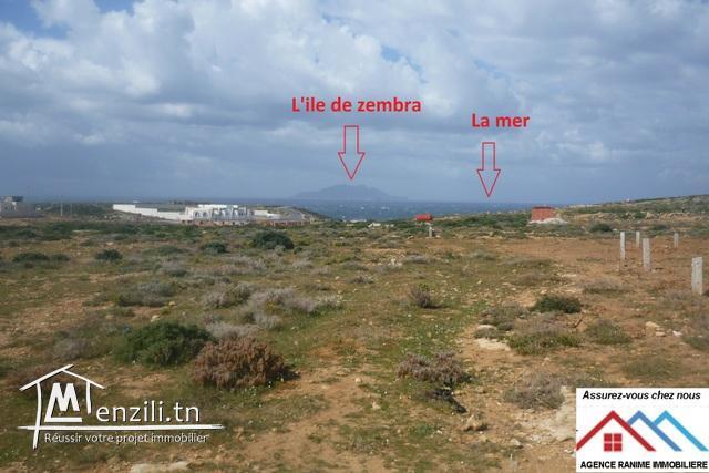 Terrain constructible de 216m2 a la mer