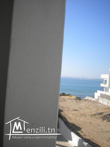 pieds dans l'eau de 125 m² à 470 MDT à Hammamet