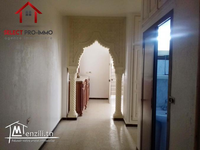 Appartement S+2 à Lido – NLA069