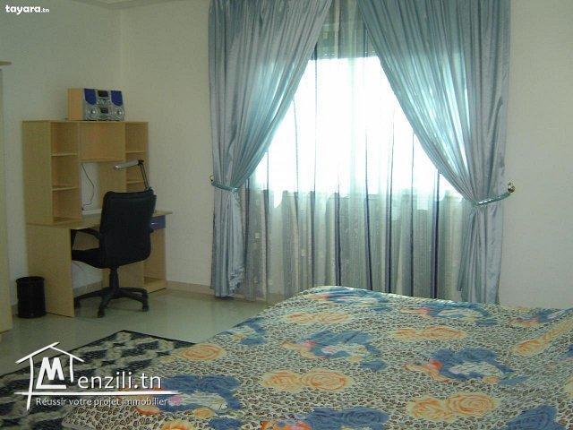 très bel appartement à Kantaoui Sousse, pieds dans l'eau