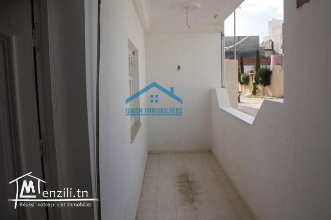 une maison à vendre pas loin du centre ville Hammamet