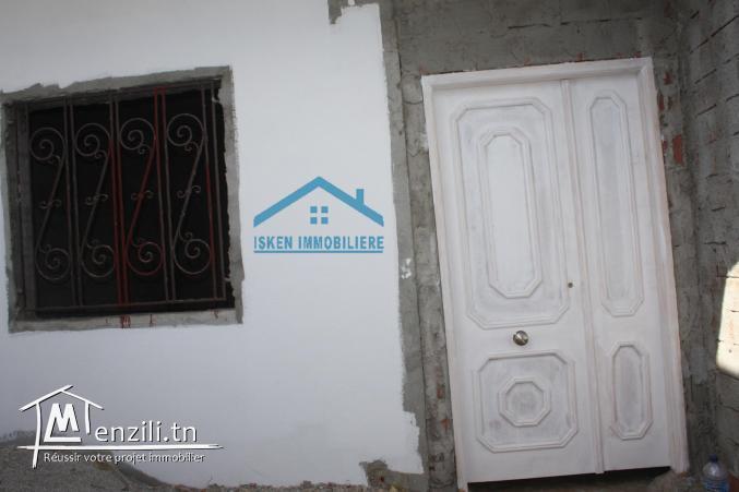 une jolie maison a vendre