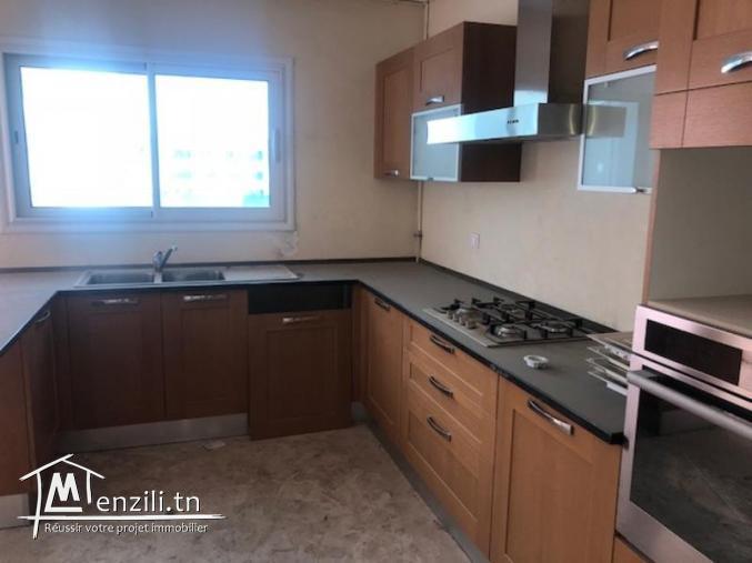 Penthouse au lac2 ref MAL0220