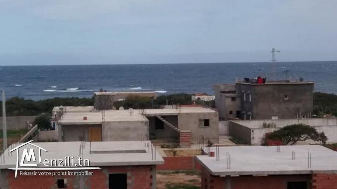 Maison a vendre inachevé 1min de  la mer el haouaria