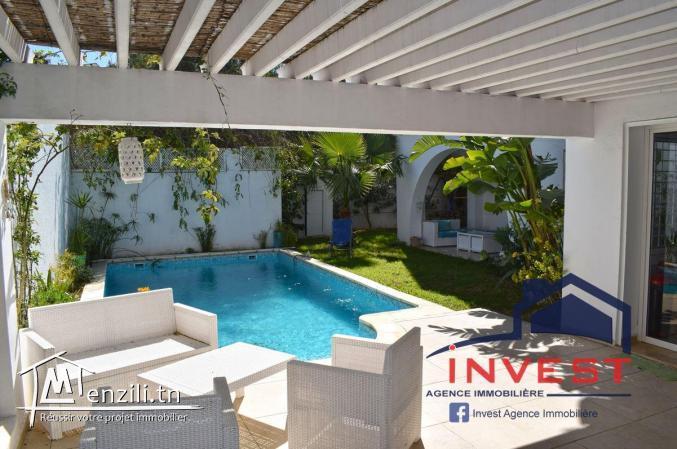 Belle villa S+4 avec piscine à la soukra
