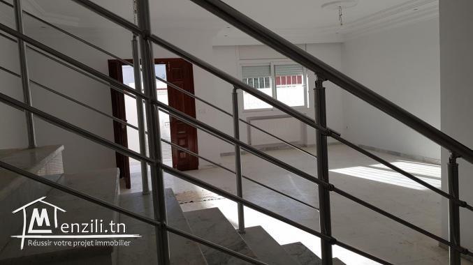 Duplex trés haut standing  Ain Zaghouane