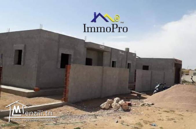 Une villa inachevée à vendre à Beni bendou Houmet Souk