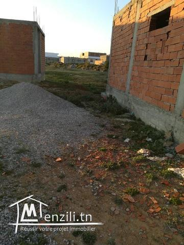 AV  a hammamet sud  une maison en cours de construction