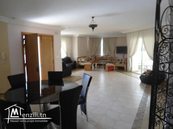 Location splendide villa avec grande piscine à Yasmine Hammamet