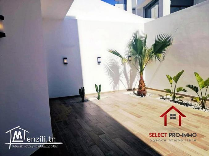 Villa S+4 à Hammamet – NV2020
