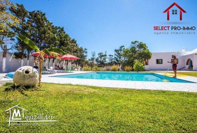 Villa Pied dans l'eau à Korba – NLE038