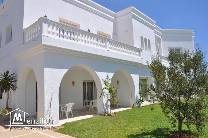 Une villa de 600 m² sur un terrain de 812 m² à 2000 MDT à Yasmin Hammamet