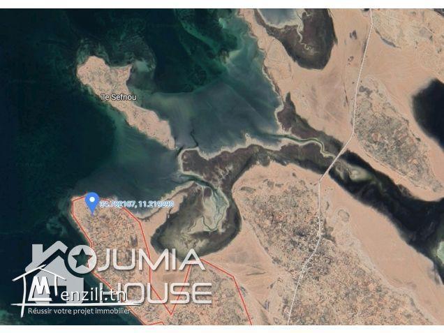 A.V Super Terrain à Kerkennah, Ras Bounouma (600 ou 800m²)