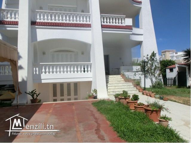 A vendre une magnifique villa à KHZEMA Sousse