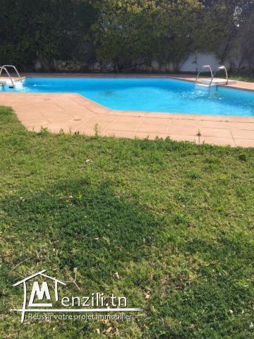 Villa au lac1 avec Piscine Ref MVL0154
