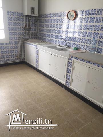 Appartement s+5 à marsa ville ref: MAL0252