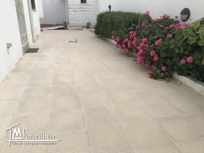 Villa s+4 à gammarth  jardin Ref MVV0181