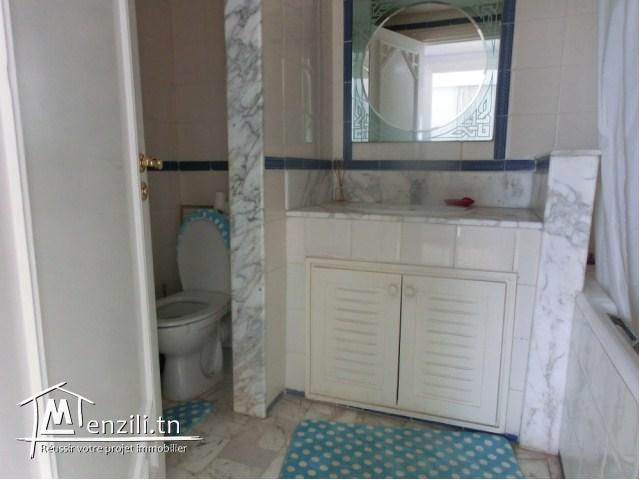A louer pour la saison estivale un joli appartement à Sousse