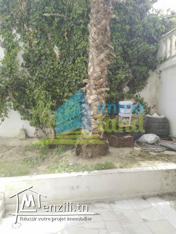 Bureau H 2 de 100 m2 à Menzah 6