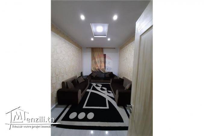 Villa + 4 appartements à Grombalia