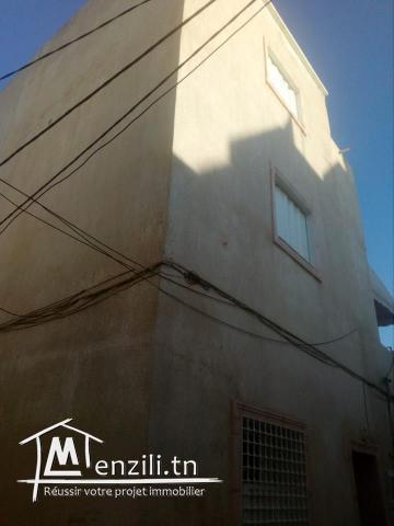 Une maison  en deux étages au centre ville hammamet