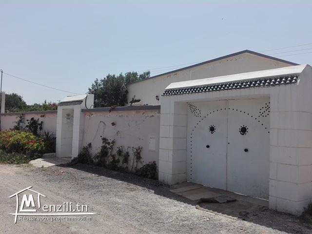 A  vendre une maison s+3 à Hammamet
