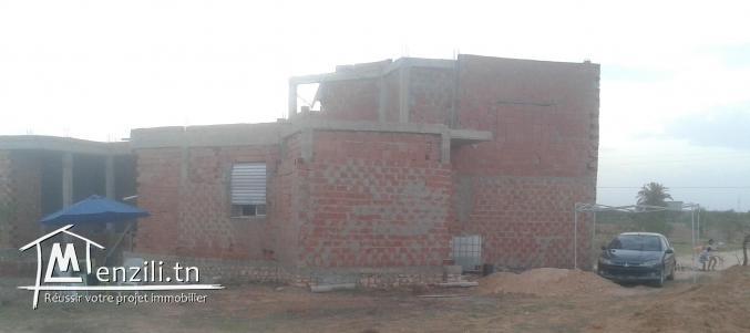 carcasse de villa à Rte Ain km13